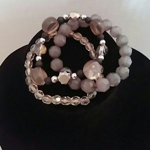 Jewelry - Set of three gray black silver bead bracelets